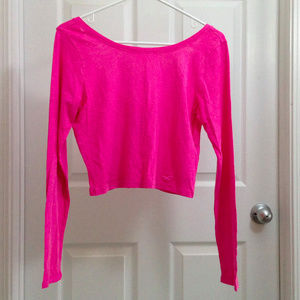 Hollister Long Sleeve Crop Top - Low Cut Back